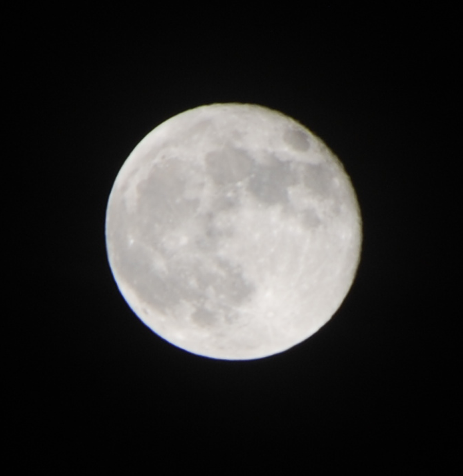 Full silver moon-focus a bit fuzzy.